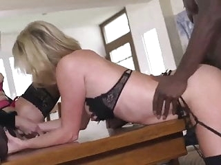 blonde Xxx mature tube