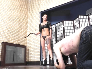 bdsm Xxx brunette tube
